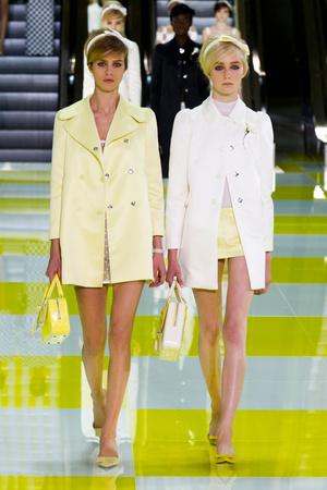 Показ Louis Vuitton коллекции сезона Весна-лето 2013 года prêt-à-porter - www.elle.ru - Подиум - фото 462664