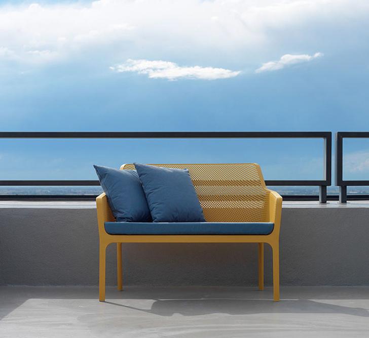 Хорошо сидим: 15 дизайнерских скамеек для дачи (фото 10)