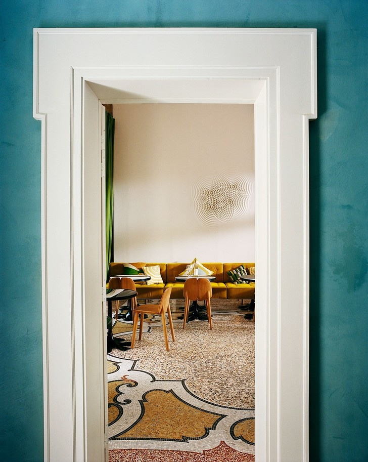 Отель Le Cloître в Провансе: проект Индии Мадави (фото 8)
