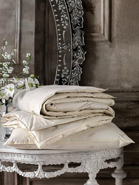 Специальное предложение на подушки и одеяла Togas | галерея [1] фото [2]