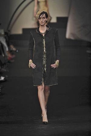 Показ Giorgio Armani Privé коллекции сезона Осень-зима 2009-2010 года haute couture - www.elle.ru - Подиум - фото 87706