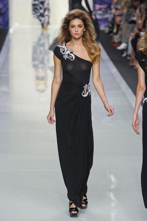 Показы мод Roccobarocco Весна-лето 2012 | Подиум на ELLE - Подиум - фото 1912