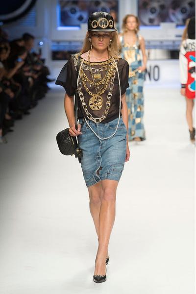 Показ Moschino на Неделе моды в Милане | галерея [4] фото [25]