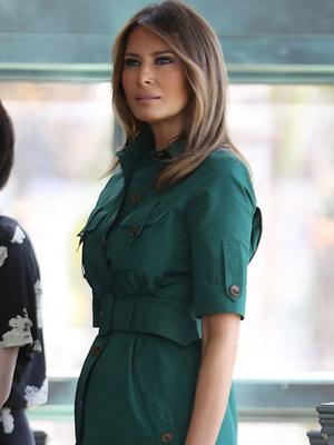 Идеальный изумруд: Мелания Трамп в платье Derek Lam (фото 2)