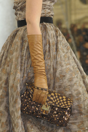 Показ Louis Vuitton коллекции сезона Осень-зима 2010-2011 года prêt-à-porter - www.elle.ru - Подиум - фото 157471