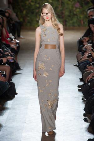 Показ Didit Hediprasetyo коллекции сезона Весна-лето 2014 года haute couture - www.elle.ru - Подиум - фото 575397