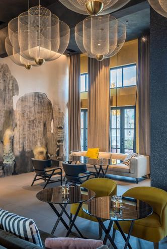 Monograph: дизайн-отель с баром и рестораном в Тбилиси (фото 12.2)