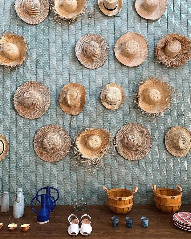 Чем украсить стену: 10 креативных идей (фото 14)