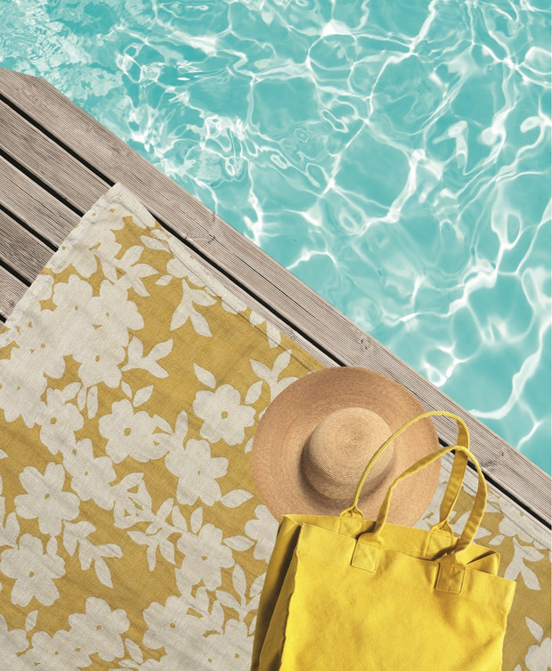 Топ -- 10: Самые модные пляжные полотенца и аксессуары (фото 10)