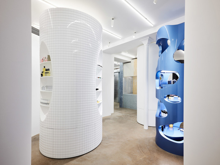 Дизайнер Рей Кавакубо открыл косметический бутик (фото 11)