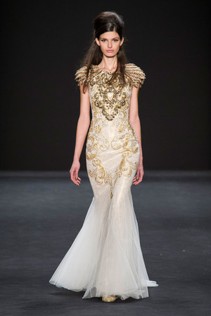 Показы мод Badgley Mischka Осень-зима 2015-2016 | Подиум на ELLE - Подиум - фото 4255