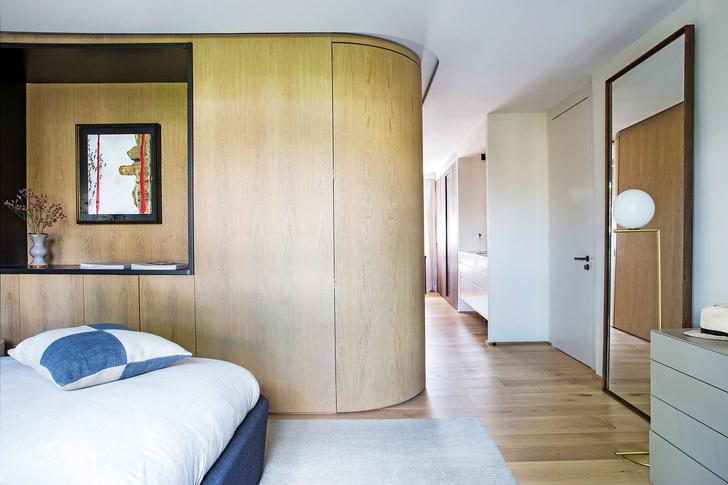 Современная квартира с яркими акцентам в центре Мадрида (фото 11)