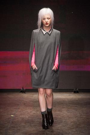 Показ DKNY коллекции сезона Осень-зима 2014-2015 года Prêt-à-porter - www.elle.ru - Подиум - фото 576641