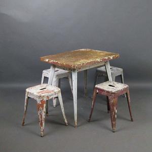Культовый объект: индустриальный стул Ксавье Пошара (фото 3.1)