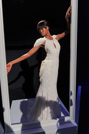 Показы мод Pamella Roland Весна-лето 2012 | Подиум на ELLE - Подиум - фото 1982