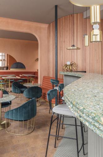 Солнечное Средиземноморье: ресторан в Лондоне (фото 1.1)