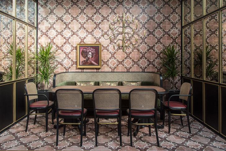 Афинский ресторан в стиле ретро (фото 10)