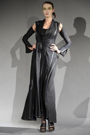 Показ Atelier Gustavo Lins коллекции сезона Весна-лето 2011 года haute couture - www.elle.ru - Подиум - фото 216133