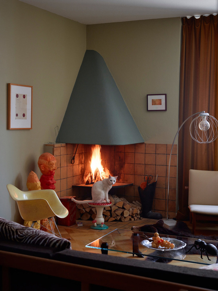 Креативная квартира стилиста и модели Урсулы Венгадер (фото 15)