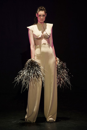 Показ Serkan Cura коллекции сезона Весна-лето 2014 года haute couture - www.elle.ru - Подиум - фото 575328
