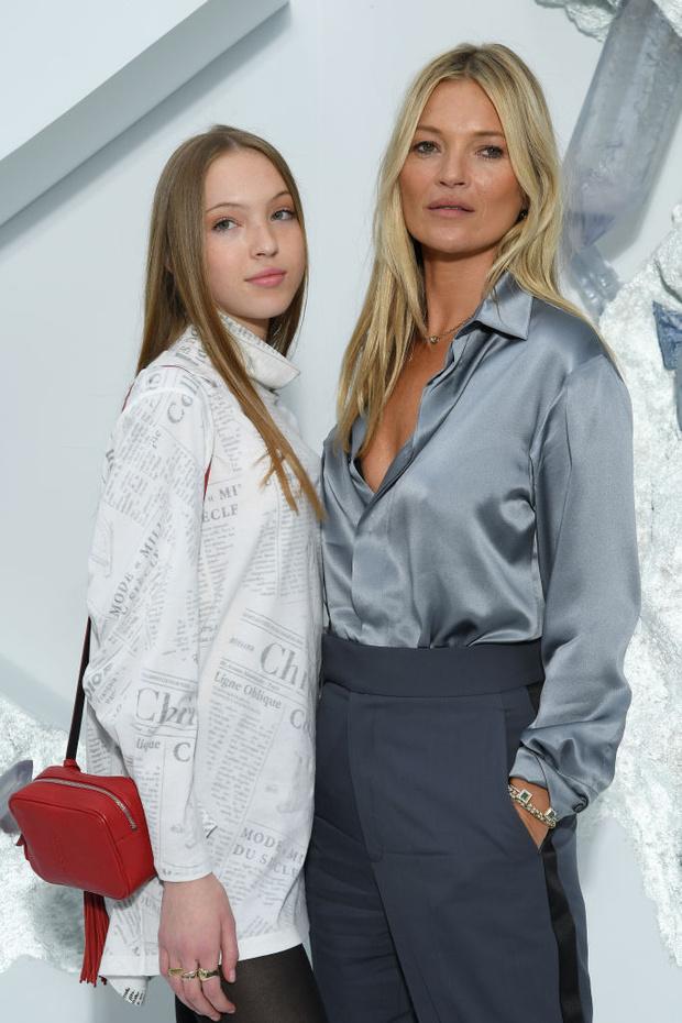 Кейт Мосс с дочерью, Наталья Водянова и другие звездные гости показала Dior Men (фото 1)
