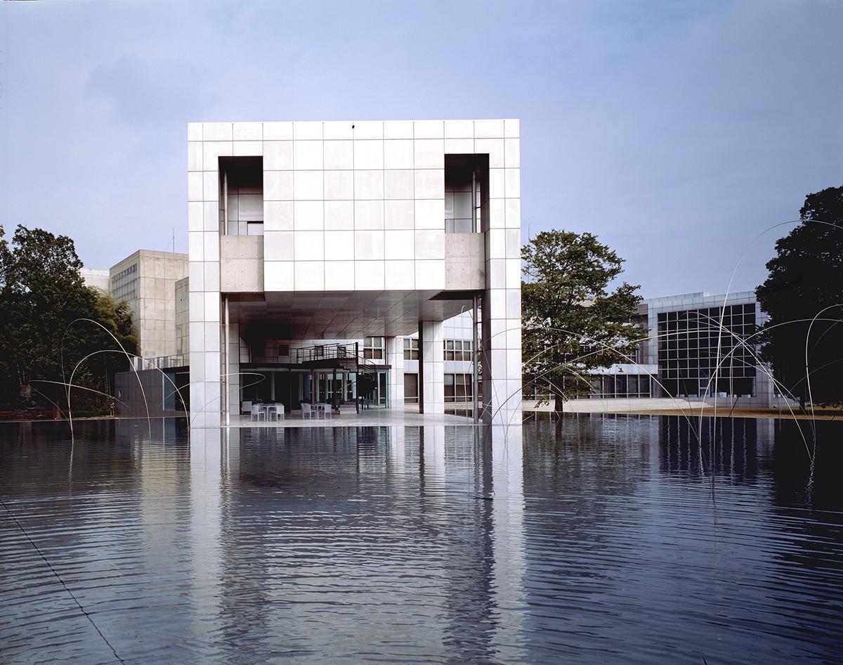 Арата Исодзаки: лауреат Притцкеровской премии 2019 (галерея 6, фото 3)