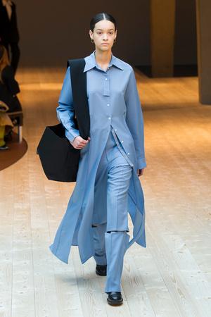Показы мод Celine Осень-зима 2017-2018 | Подиум на ELLE - Подиум - фото 4897