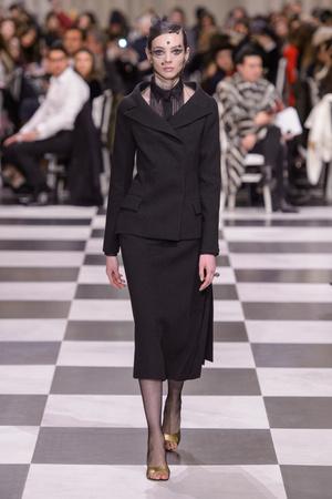 Показ Dior Haute Couture коллекции сезона Весна-лето 2018 года haute couture - www.elle.ru - Подиум - фото 673321