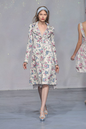 Показ Luisa Beccaria коллекции сезона Весна-лето 2010 года Prêt-à-porter - www.elle.ru - Подиум - фото 116888