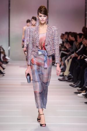 Показ Giorgio Armani Privé коллекции сезона Весна-лето 2018 года Haute couture - www.elle.ru - Подиум - фото 676511