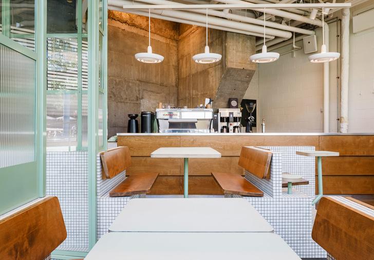 Маленькое дизайнерское кафе Melk в Монреале (фото 13)