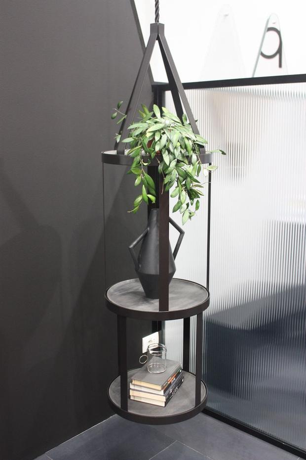 Модные кашпо и мебель для домашних растений (фото 44)