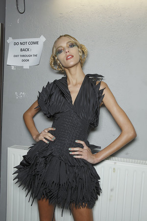 Показ Jean Paul Gaultier коллекции сезона Весна-лето 2010 года Haute couture - www.elle.ru - Подиум - фото 139094