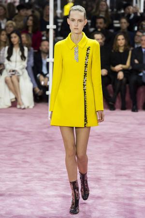 Показ Christian Dior коллекции сезона Весна-лето 2015 года Haute couture - www.elle.ru - Подиум - фото 592829