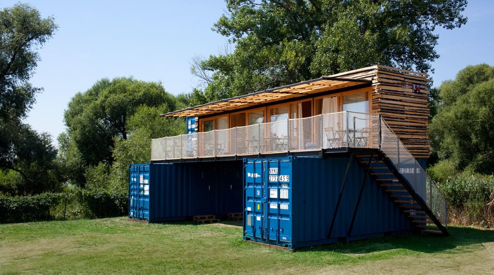 Топ-7 отелей из грузовых контейнеров (галерея 7, фото 0)