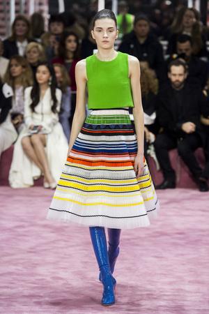 Показ Christian Dior коллекции сезона Весна-лето 2015 года Haute couture - www.elle.ru - Подиум - фото 592826
