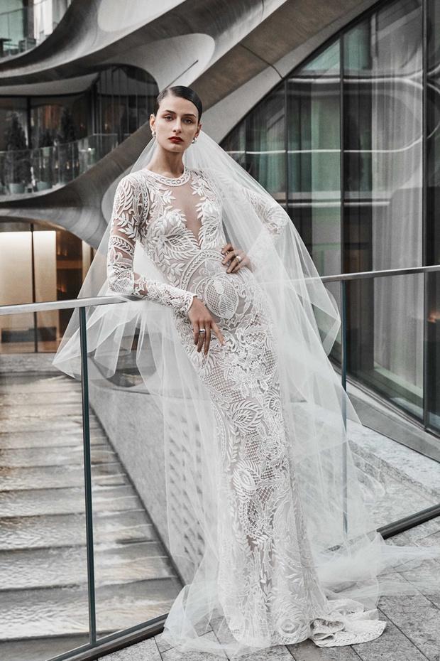 16 платьев из новой свадебной коллекции  Naeem Khan (фото 14)