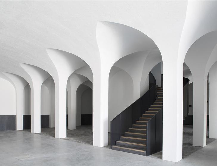 Отель по проекту Пьера Йовановича в 200-летней винодельне (фото 2)