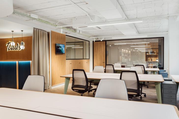 Мадридский офис в стиле mid-century modern (фото 8)
