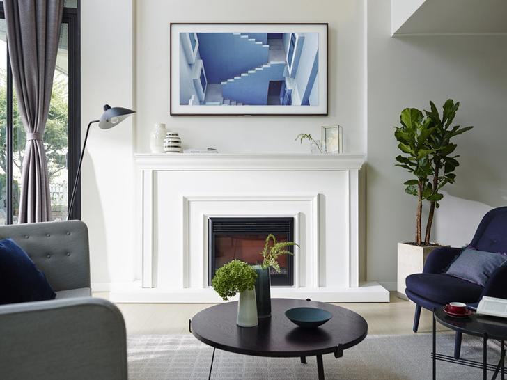 Телевизор - картина Samsung The Frame — искусство в интерьере фото [6]
