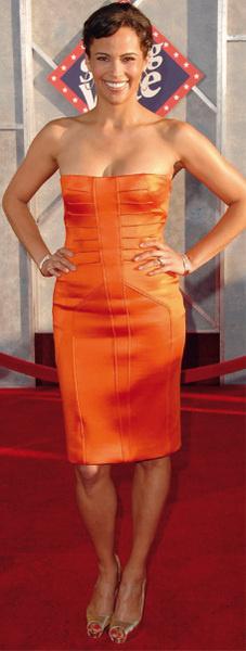 Пола Паттон в Versace