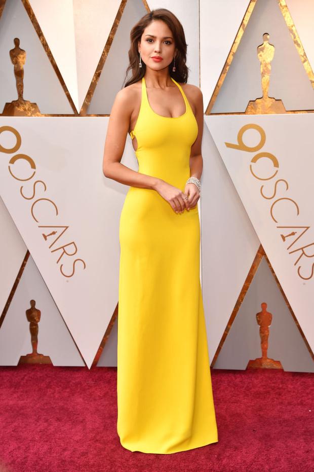 Равнение на грудь: наряды с декольте на Оскаре-2018 (фото 4)