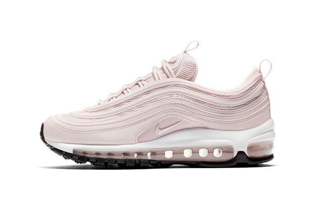 Millennial pink: кроссовки какого цвета будут актуальны этой весной (фото 8)