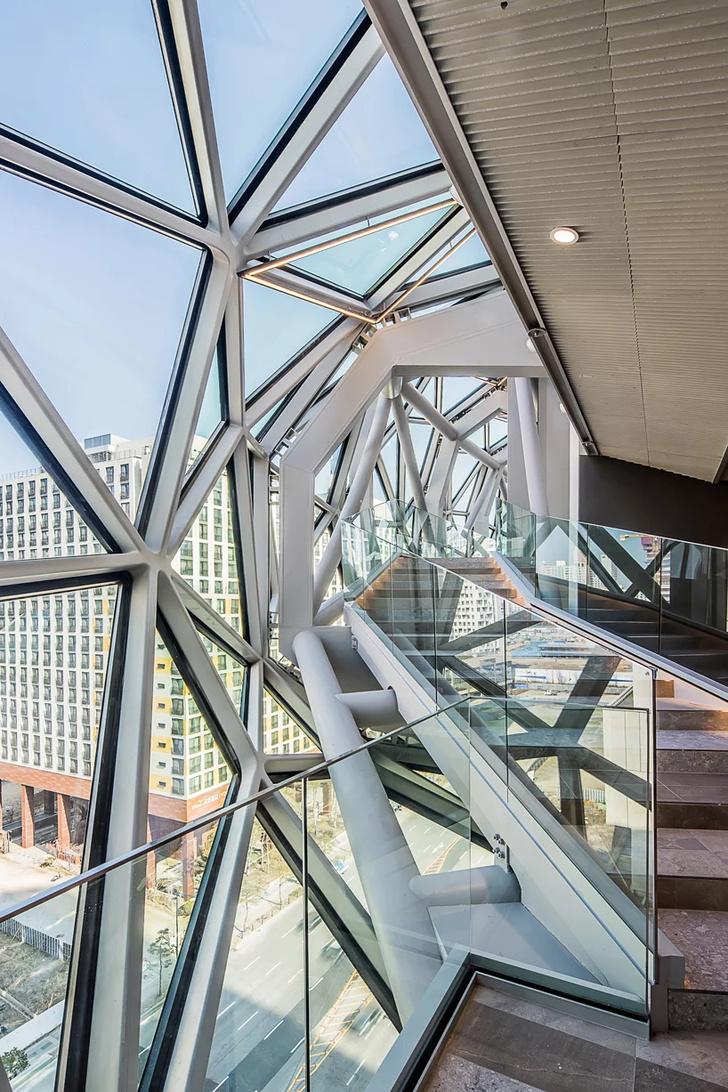 Новый торговый центр по проекту ОМА в Южной Корее (фото 11)