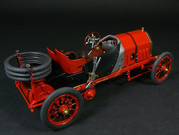 Скорость и дизайн: 70 лет Ferrari фото [5]