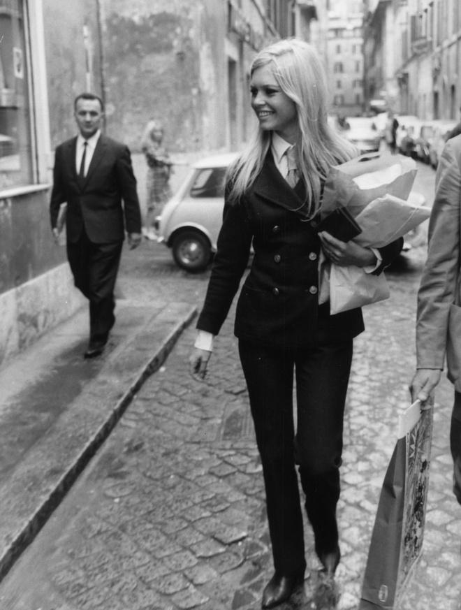 Street Style прошлого: лучшие выходы Бриджит Бардо (фото 5.1)