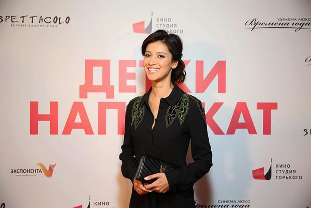Равшана Куркова на премьере фильма «Детки напрокат» фото [1]