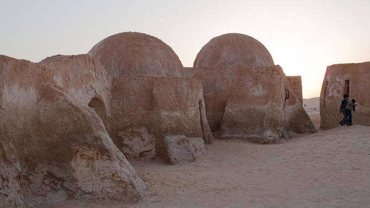 Канье Уэст строит префабы для бедных в духе «Звездных войн» (фото 2)