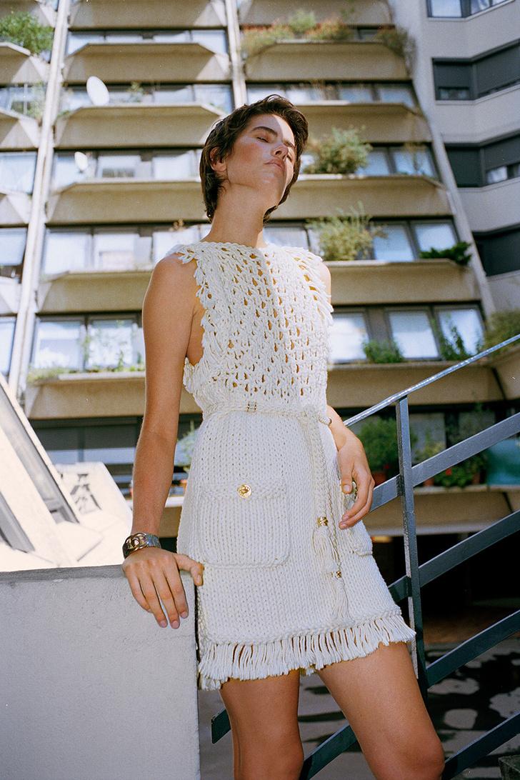 Тренд: маленькое нечерное платье — новые правила Великой Мадемуазель фото [5]