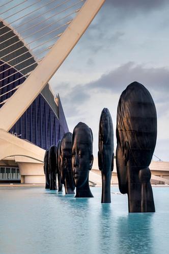 Инсталляция Жауме Пленсы в Валенсии (фото 5.2)